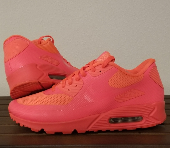 Nike Air Max 9 Hyperfuse Solar Red 0